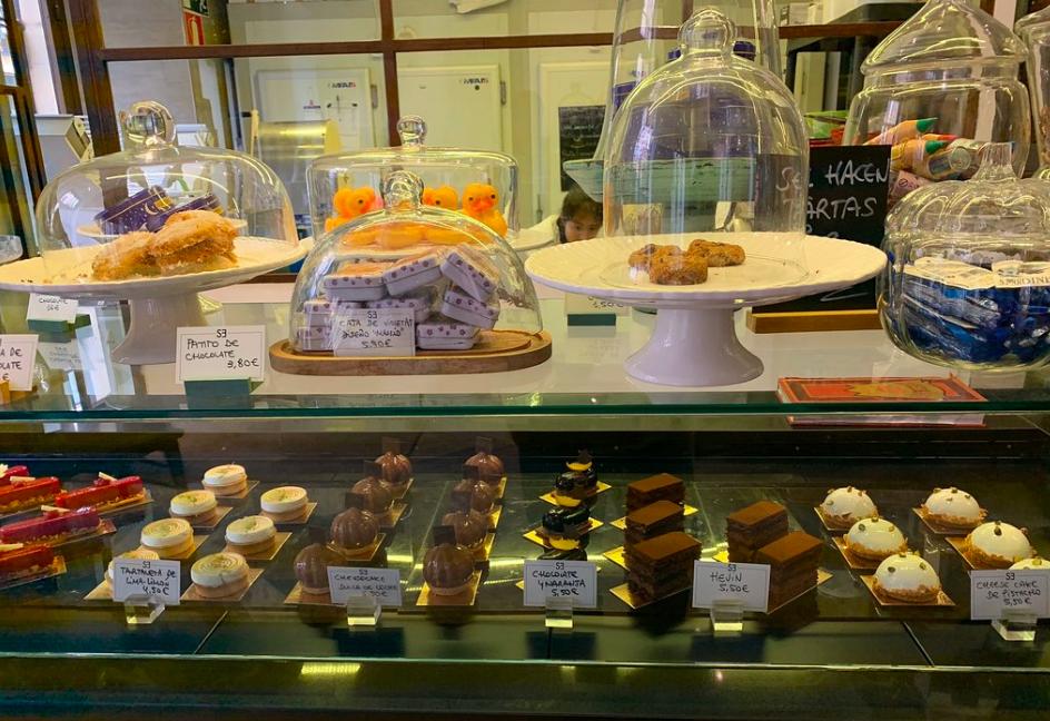 Santa Eulalia es una pastelería francesa en el Madrid de los Austrias