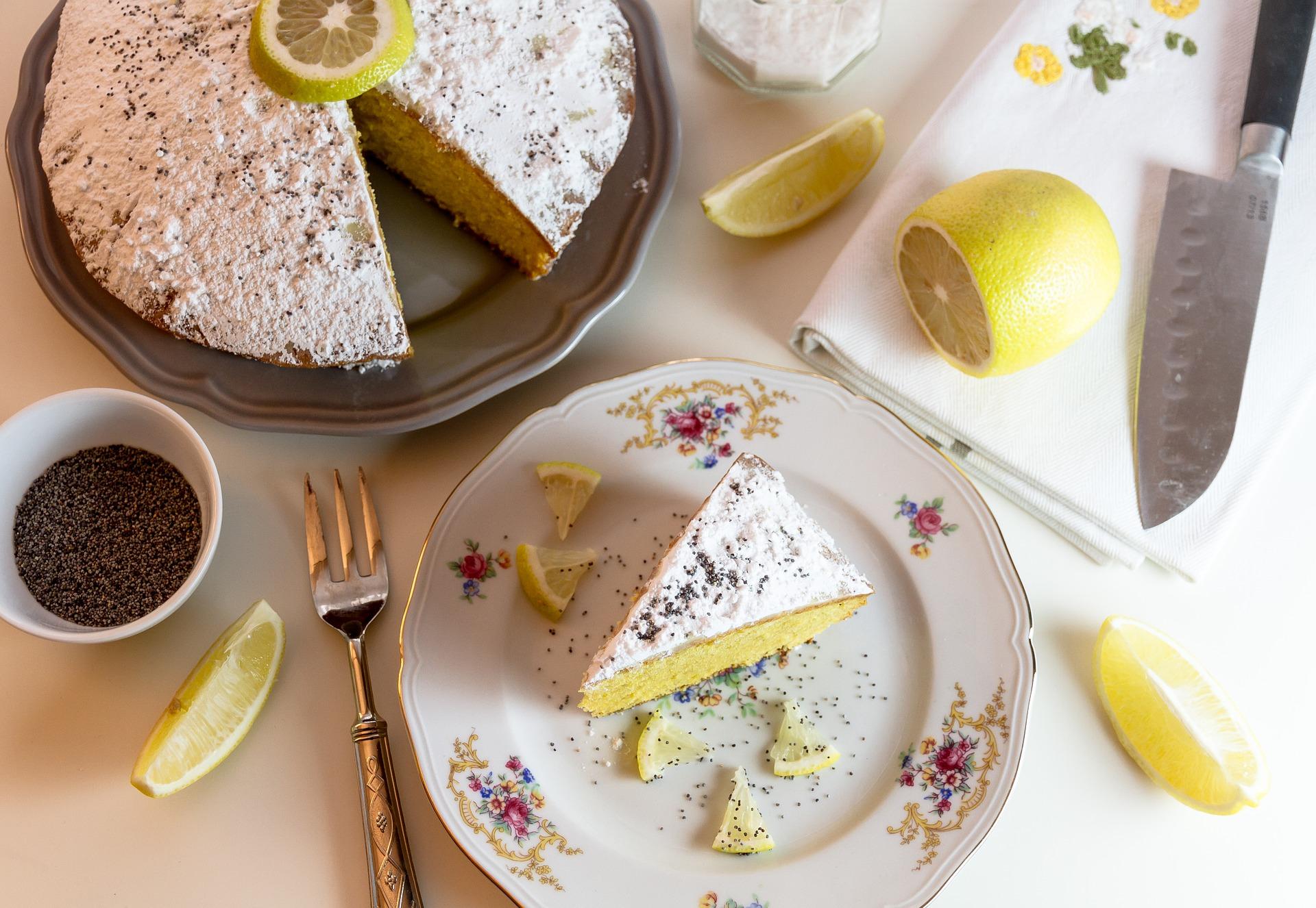 La forma tradicional de partir tartas es en cuña