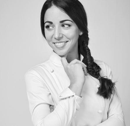 Joanna Artieda es una de las maestras pasteleras que más despunta en nuestro país
