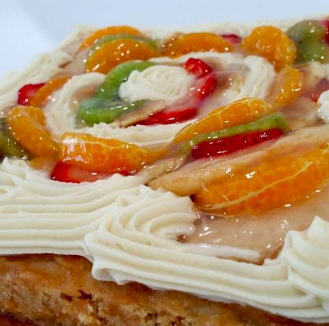 Tarta de verano con fruta de temporada de Mamá Kokore