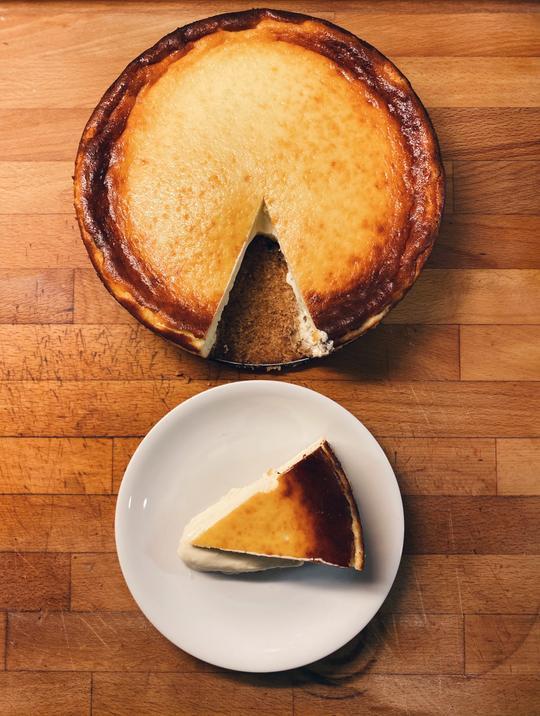 Tarta de queso de Luna & Wanda, pastelería tendencia de Madrid